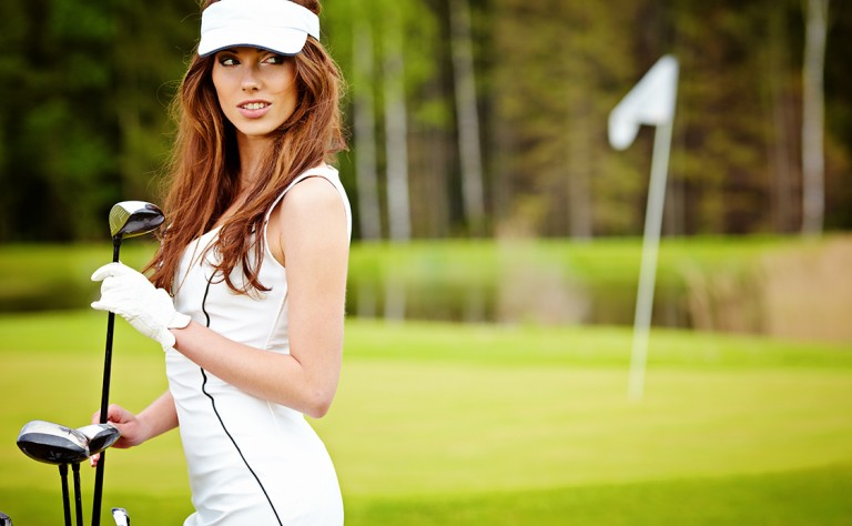 01 Girl on golf course